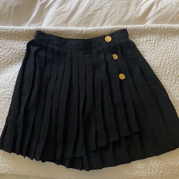 Vintage pleated skirt with gold buttons